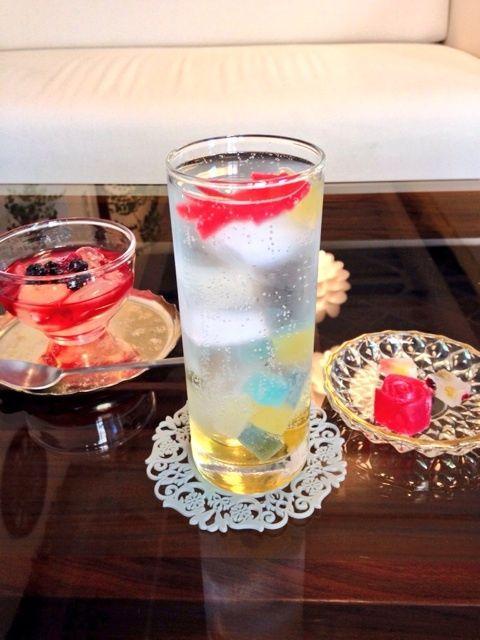 千葉・シャララ舎 「琥珀糖ソーダ」