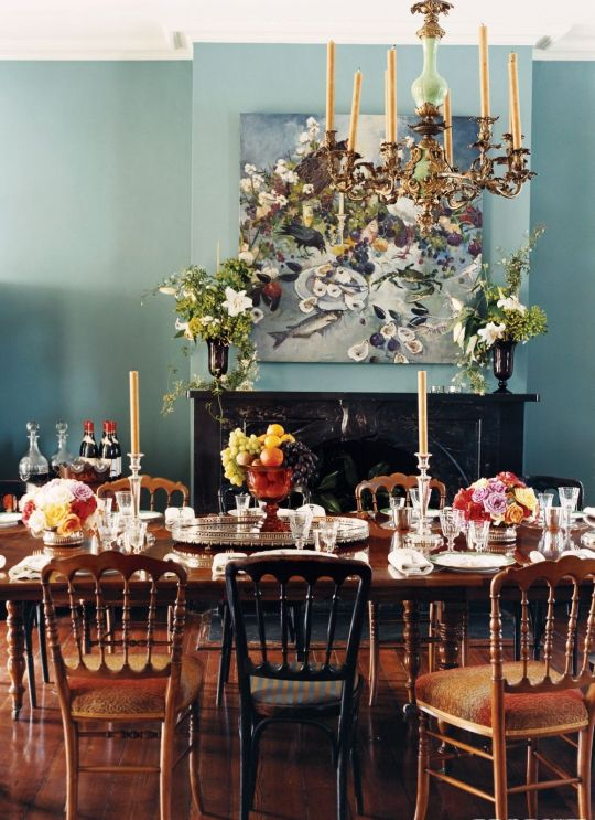 Antique Table And Chairs In New Orleans Home Of Julia Reed