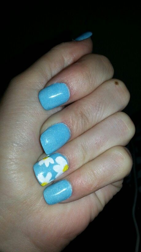 Baby blue and white flowers nails