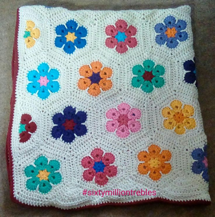 African flower hexagon blanket made with Drops Paris yarn and 5 mm hook - no pattern just made up as I went along :)