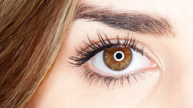 7 treatments and lifestyle changes essential for treating dry eye | Health.com
