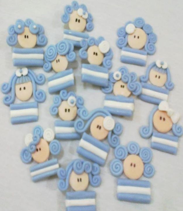 Prendedores bandera/escarapela Argentina en porcelana fria
