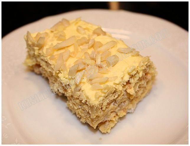 Sans Rival - French-based Filipino cake, consisting of layers of dacquoise and covered in buttercream.