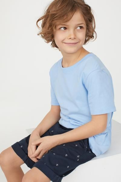 h m chino shorts blue outfit boys jungen outfits. Black Bedroom Furniture Sets. Home Design Ideas