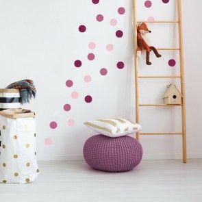 Rosa Punkte Wand im Kinderzimmer. Das sieht nicht nur super aus, es ist auch ganz einfach anzubringen. Du entscheidest, wie du die Punkte klebst udn k…