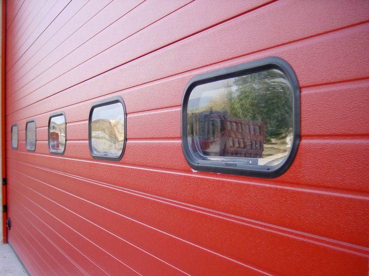 #BredaLoveColors, ogni giorno un #portone #Breda colorato! #Dock, portone industriale, in un bel #rosso RAL 3000! http://www.bredasys.com/industriale_breda_steel_line_dock.html #portoni #portonisezionali #porta #basculante #porte #basculanti #garage #garagedoor #garagedoors #door #doors #sectionaldoor #chiusure #serramenti #infissi #BredaPortoni #architetti #architettura #architecture #arch #archilovers
