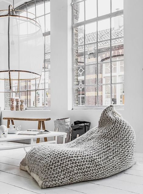 0ing:Zilalila nest bean bags are made of the finest New-Zealand wool, lovingly knitted by women in Nepal who are working on fair trade principles.New-Zealand...
