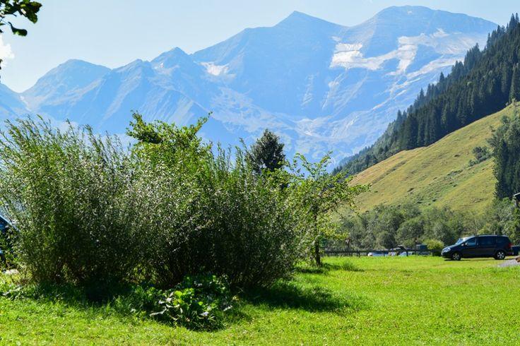 Fuscher Tal in den Hohen Tauern  http://www.travelworldonline.de/traveller/hohe-tauern-mit-dem-auto-glockner-hochalpenstrasse/?utm_content=buffercc0df&utm_medium=social&utm_source=pinterest.com&utm_campaign=buffer ...  #berge #mountains #alpen #alps #panoramastrasse