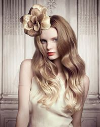 Credits Hair: Odile Gilbert for L'Oréal Professionnel Color: Chris Williams Products used: L'Oréal Professionnel INOA