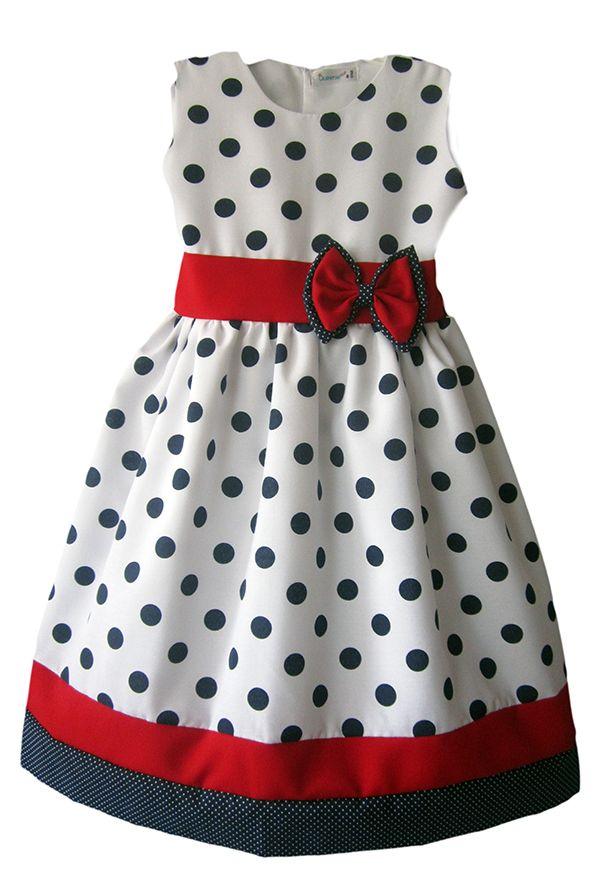 Alegre vestido con estampado de pepas manga sisa. Ver en http://queeniekids.co/vestidos-de-gala/12-vestido-britalia.html