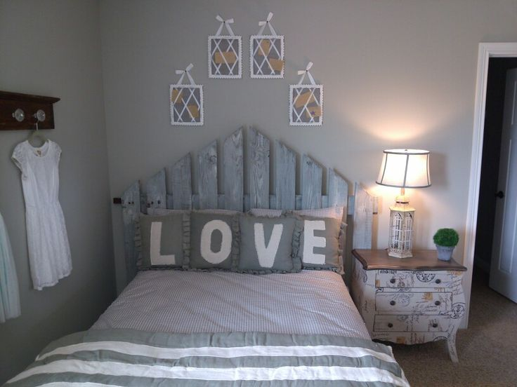Picket Fence Headboard Mounted To Wall Home Pinterest
