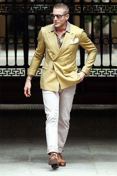 http://www.gq.com/style/blogs/the-gq-eye/must-see-menswear-lapo-elkann-040414.jpgからの画像