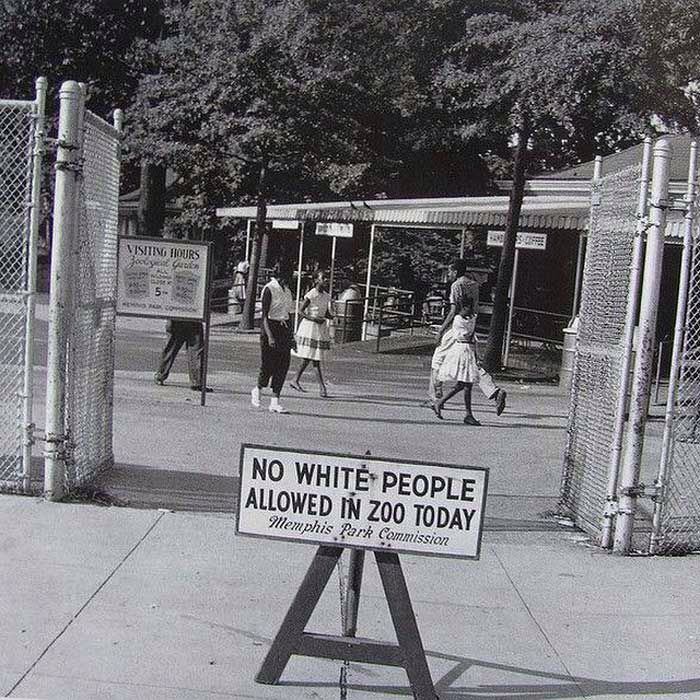 Sign outside the Memphis Zoo 1950s