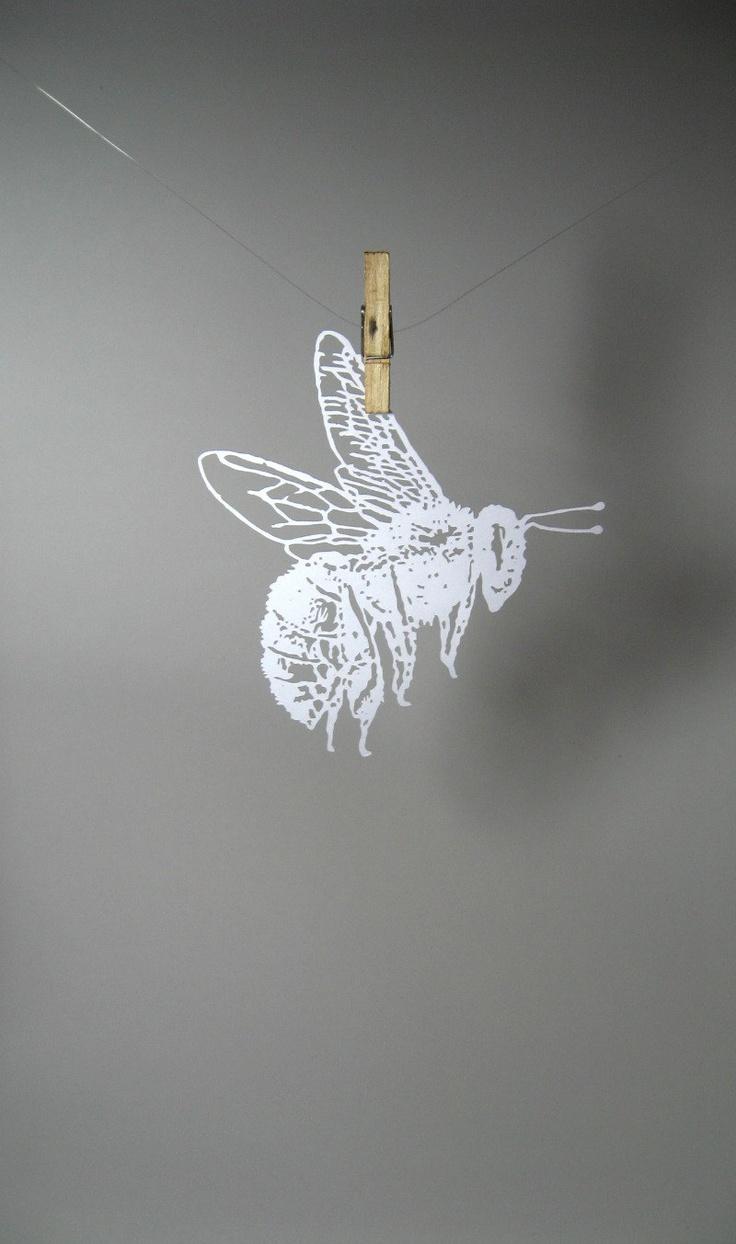 Bumble Bee paper-cut Scherenschnitte in White by Catfriendo