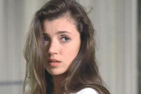 Legend. Ferris Bueller. Timecop (I know this was 90s but cut me some slack, dammit). Mia was the first great movie crush of the 80s. Sigh.