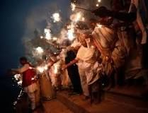 http://www.independent.co.uk/news/world/asia/diwali-2014-what-is-the-festival-of-lights-and-how-is-it-celebrated-9810212.html