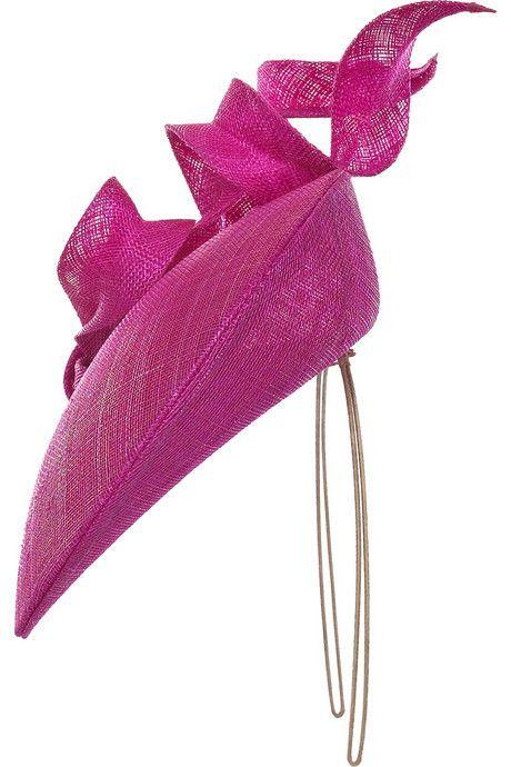 Philip Treacy Sculptural bow headpiece6                                                                                                                                                                                 More