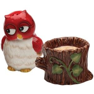 Owl And Tree Stump Salt And Pepper Shaker Set This little owl has made himself plenty comfy on his tree stump, but he won't mind getting up to season your food!  http://theceramicchefknives.com/novelty-salt-and-pepper-shakers/ Owl And Tree Stump Salt And Pepper Shaker Set