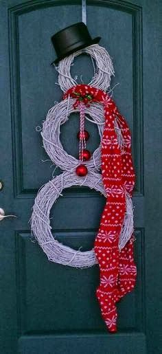 snowman wreath....soo going on my door this year!!!