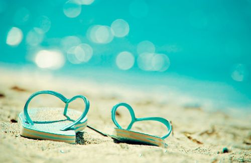 Summer Landscape, Flip Flops on the Beach by the Crisp Blue Sea: Sandy Beaches, Summer Beaches, Beaches Time, Flip Flops, Beaches Shoes, Cottages Life, Flip Flop, No Shoes, Beaches Cottages