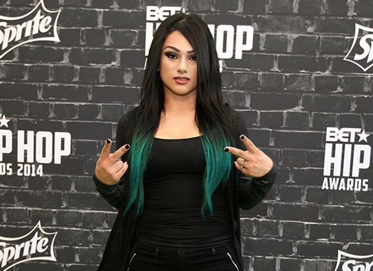 """Snow Tha Product revealed that while growing up, she used to listen to a lot of Aaliyah and Missy Elliot. """"Aaliyah's song 'Man Undercover': top 10 songs i've ever played in my life,"""" she once tweeted. Snow Tha Product also noted that while she was heavily influenced musically by the likes of Tupac and Eminem, being that hip-hop is such a male-dominated industry, she also looked to women like Aaliyah. """"Women like Missy, Lauryn Hill, Aaliyah, Amy Winehouse, Rocio Durcal, Shakira... a lot of…"""