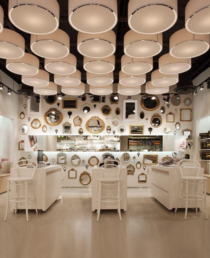 SKINS 6/2 Cosmetics Shop by UXUS Design