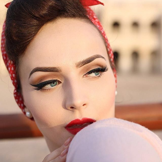 There Are Consequently Many Facets To A Good Eye Makeup See Visit The Image Link More Details This Is An In 2020 Retro Makeup Vintage Makeup Looks Vintage Makeup