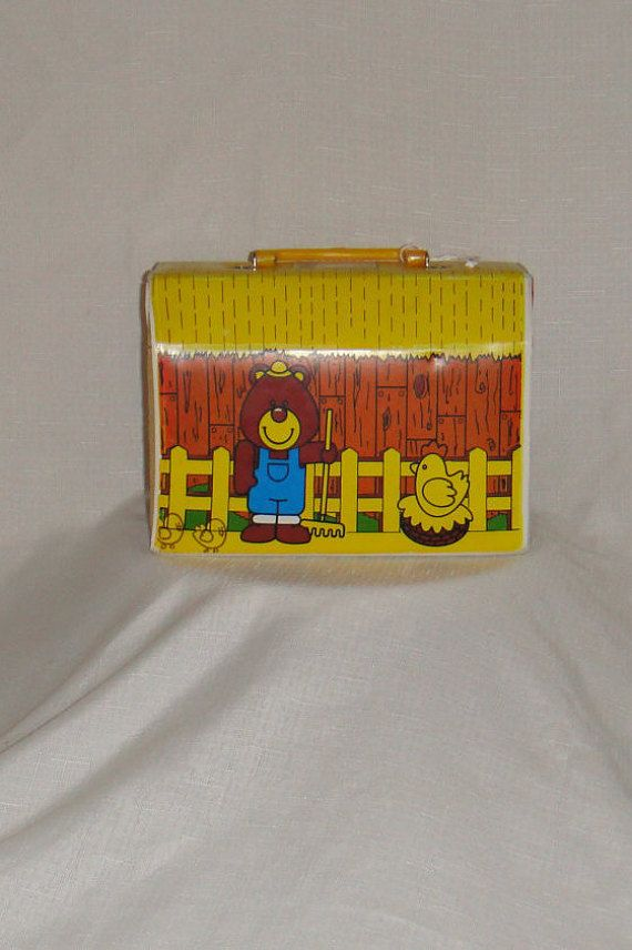 Super cute! Available at our Etsy shop. Vintage Vinyl Farmhouse Lunch box www.EnchantedDecorations.Etsy.com