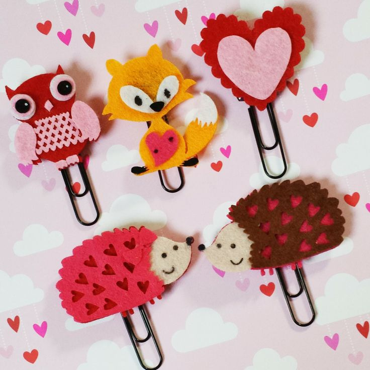 Bits and Pieces...: Valentine's-y Filofaxes and a Paperclip Tutorial