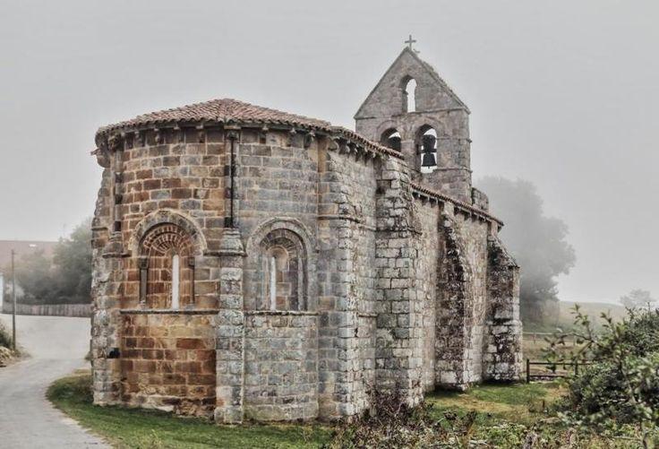 Ábside de la iglesia de Santa María de Retortillo - Retortillo, Campoo Enmedio, Cantabria