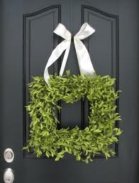 Front Door WreathDecor Ideas, Squares Boxwood, Black Doors, Spring Wreaths, Front Doors Wreaths, Wreaths Ideas, Boxwood Wreaths, Summer Wreath, Squares Wreaths Diy