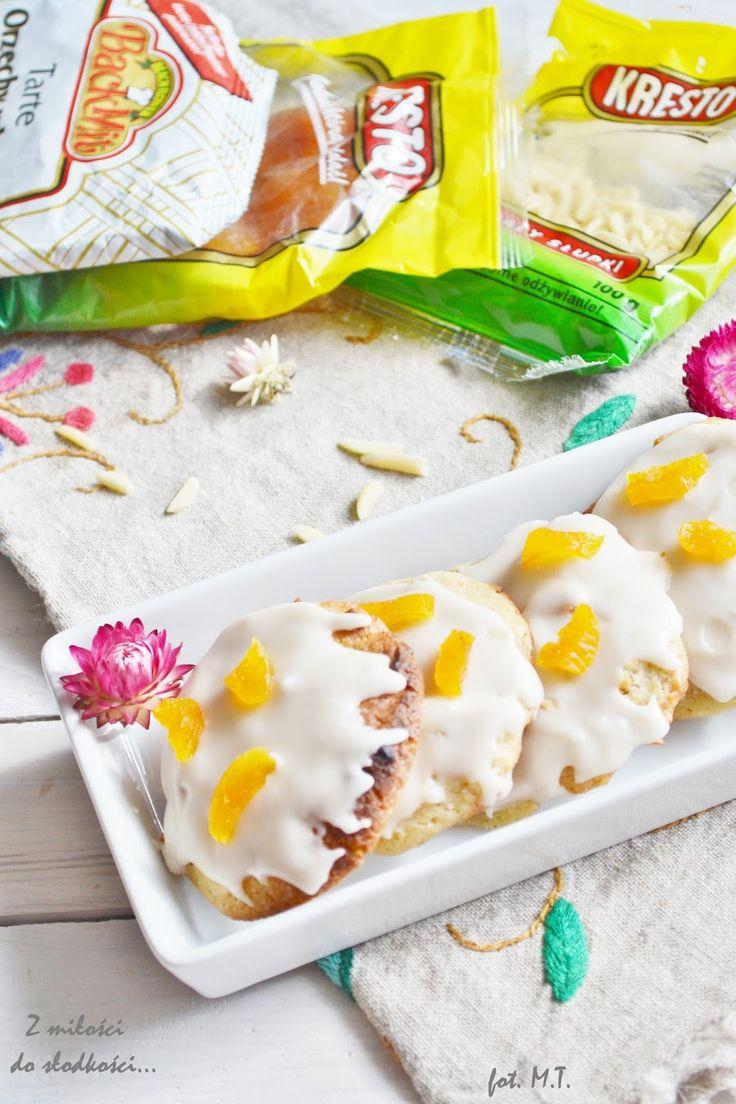 Ciasta z morelami fot. z-milosci-do-slodkosci.blogspot.com #słodkości #ciasto #morele #przepis #food #good #pickoftheday #photooftheday #recipe #delicious #yummy #foodporn #omnonnom