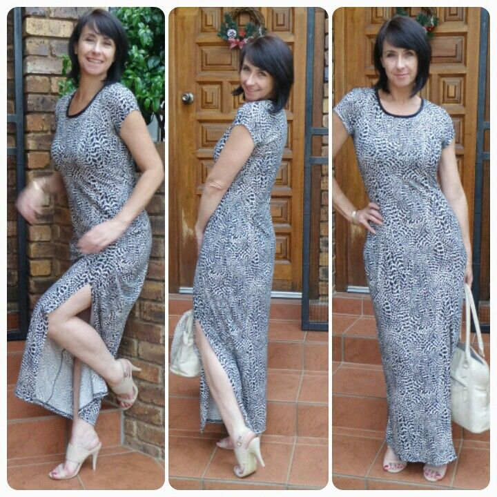 A simple look on a beautiful relaxed day, maxi dress, heels