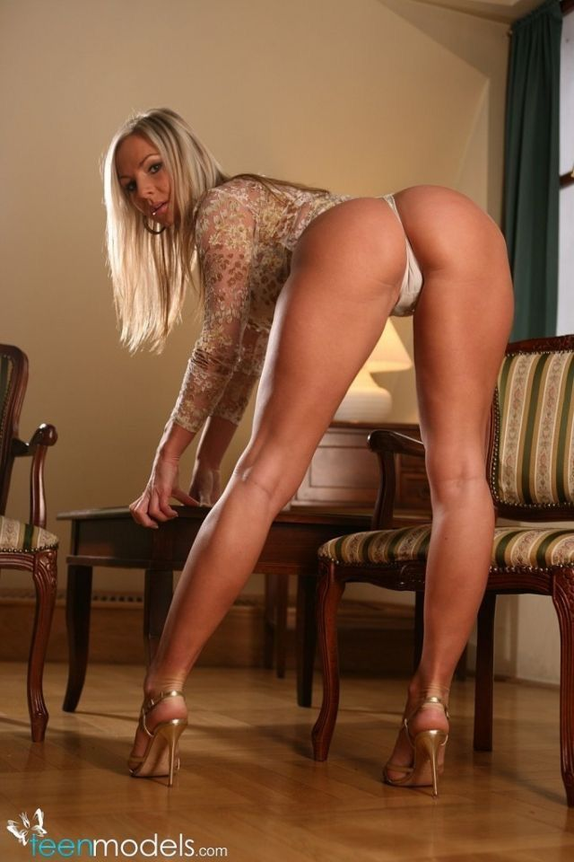 Beautiful ass gorgeous Silvia saint bent over in stockings really enjoying
