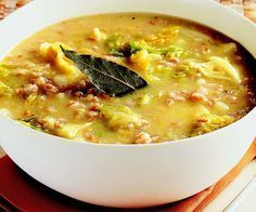 Ricetta Minestra di farro, verza e patate - La Cucina Italiana: ricette, news, chef, storie in cucina