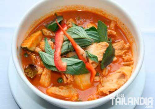 Curry rojo Tailandés con pollo - Portal de Tailandia