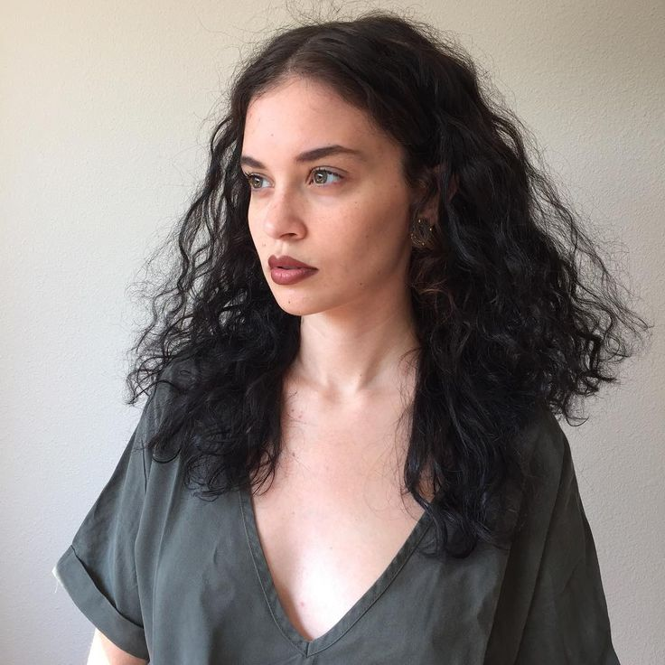 """8,933 Likes, 480 Comments - Sabrina Claudio (@sabrina_claudio) on Instagram: """"hoping to travel soon with my shows...where are you guys from?"""""""