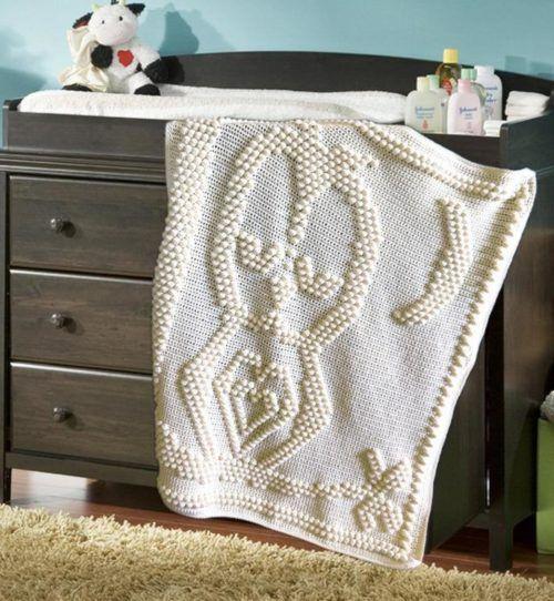 Sleepy Owl Blanket (crochet)