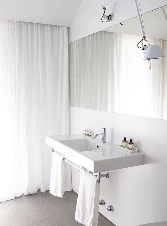 Simple yet gorgeous white bathrooms