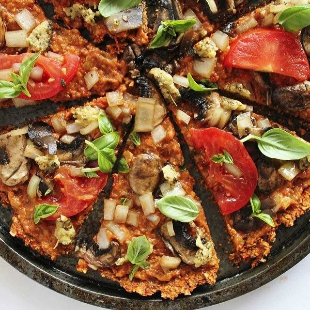 "@cleaneating_vegan's photo: ""Raw vegan pizza ❤️#vegans #veganism #veganfood #vegetable #organic #whatveganseat #love #delicious #vegansofig #vegansofinstagram #vegandiet #vegetarian #eatclean #cleandiet #cleaneating #vegetablelover #plantbaseddiet #healthy #health #happy #veganfoodshare #veganrecipe #veganlife #healthylife #veganchallenge #animallover #veganforever #veganrecipes #rawvegan #rawveganchallenge"""