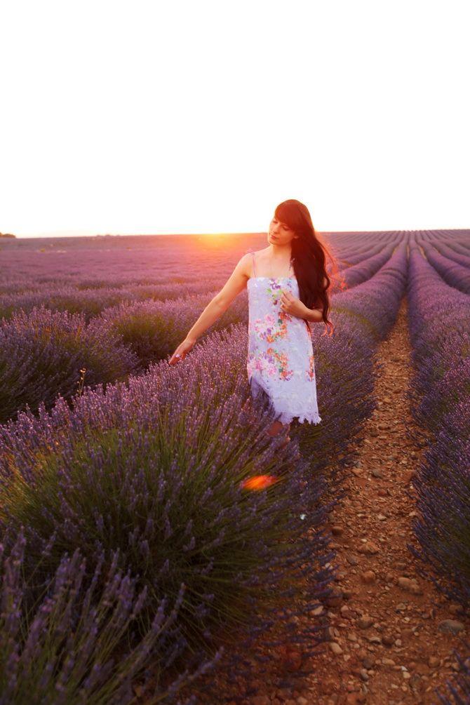 The Cherry Blossom Girl - provence day 1 blog post, valensole, moustiers sainte maire, gorges, lac du st croix,  sunset 03