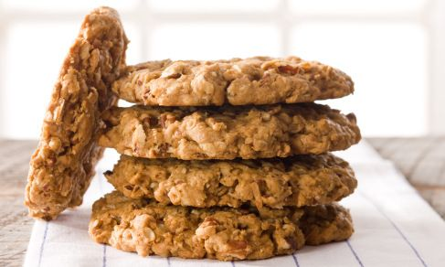 maple pecan cookies from Relish Magazine. Uses maple syrup and maple flavor.