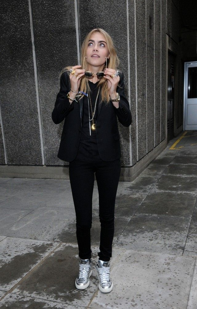 Cara Delevingne All Dressed In A Sexy, Black Suit: Paired With Her Silver Nikes: And Random Jewelry!