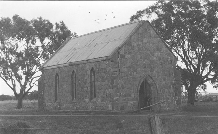 Sutherlands Creek, cnr Steiglitz & Loundes Roads, St John's Roman Catholic Church