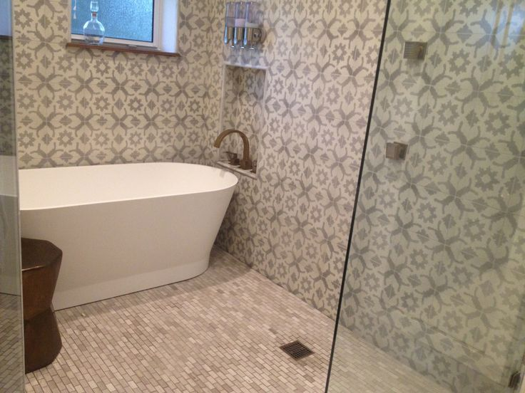 37 best images about bath 2nd floor on pinterest chic for Bathroom wet wall designs
