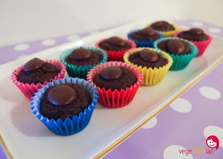 Vegan beetroot chocolate cupcakes