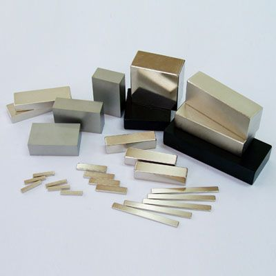 neodymium disc magnets http://www.magspring-magnet.com/ndfeb-magnets/neodymium-n52-magnets.html