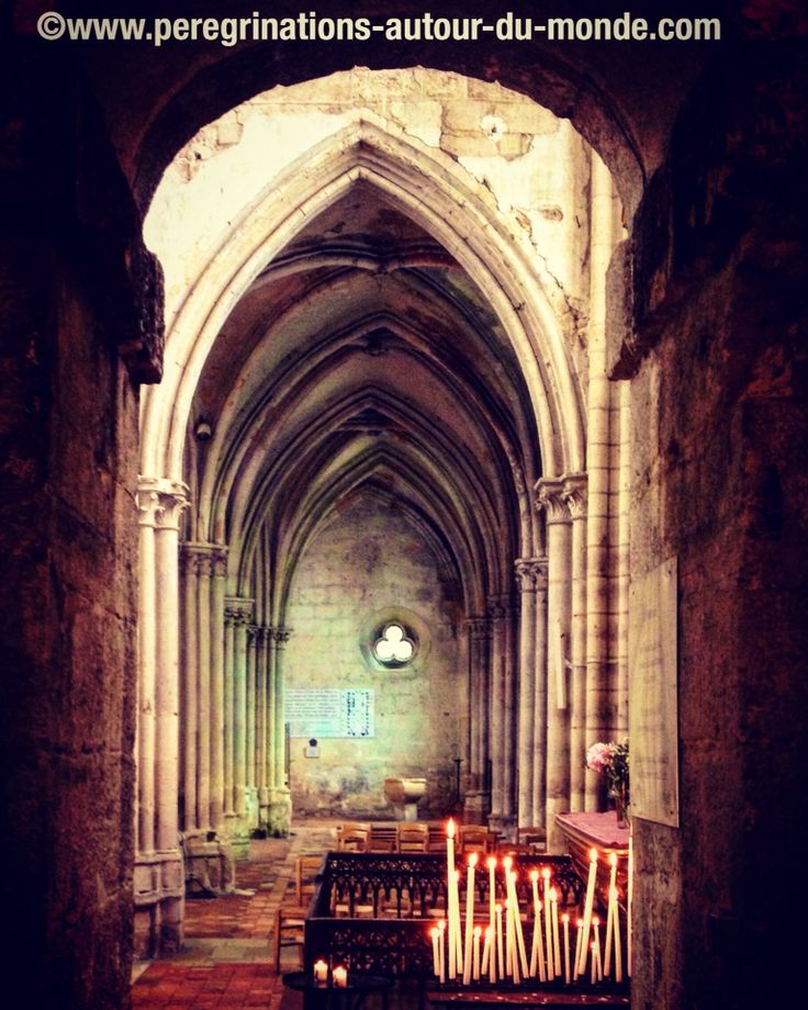 Intérieur de la cathédrale de Moret sur Loing