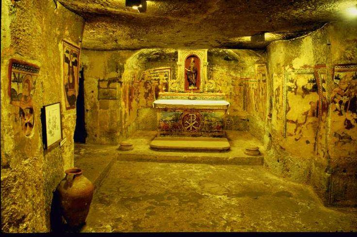 Catacombes : mystères et fantasmes de Paris