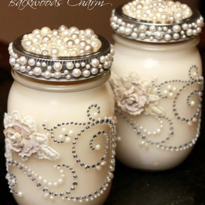The prettiest DIY Mason Jar candles EVER!